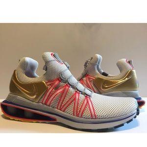 77703d842eb869 Nike Shoes - Nike Shox Gravity Olympic Gold Metal Shoes Sz 10